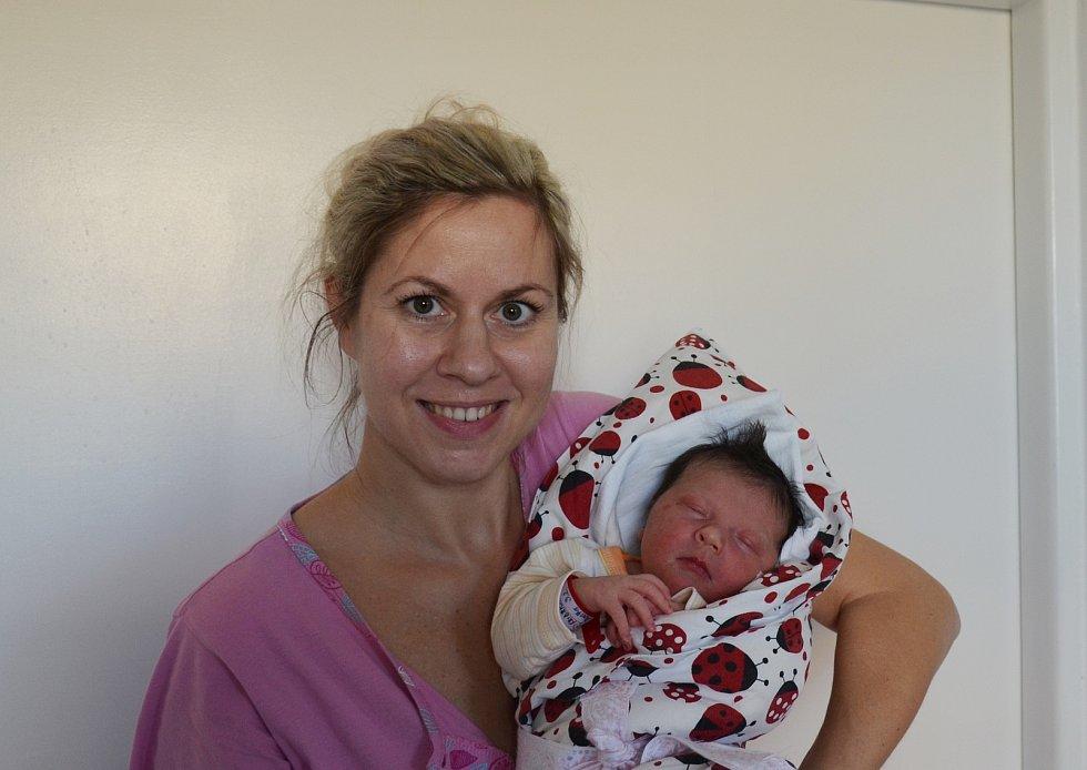 Agáta Fridrichová z Husince. Dcera Lenky a Miloslava Fridrichových se narodila 3. 2. 2021 v 17.43 h., vážila 3,80 kg. Doma ji přivítal 3letý bráška Adámek.