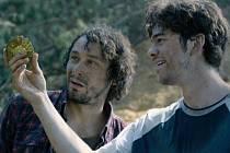 Film Zloději zelených koní, který se z velké části natáčel v jižních Čechách, měl předpremiéru v Českých Budějovicích. Na snímku z natáčení Pavel Liška (Kačmar) a Marek Adamczyk (Pavel).