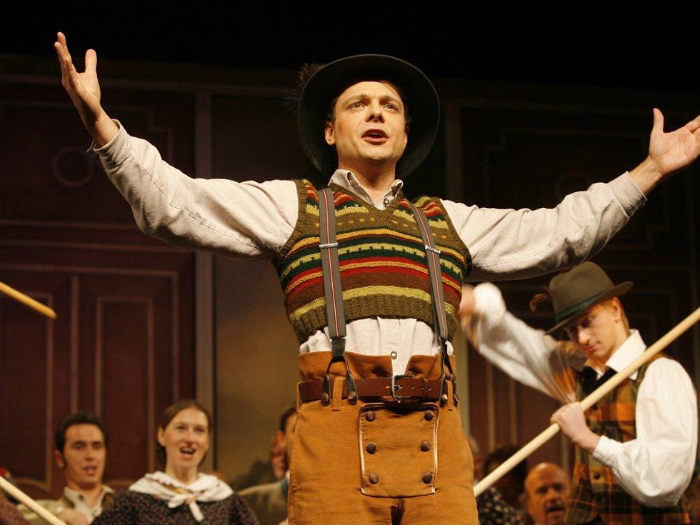 Hudebně náročná opereta přinese sice nenáročný děj, zato zábavu, vtip a chytlavé rozverné melodie.