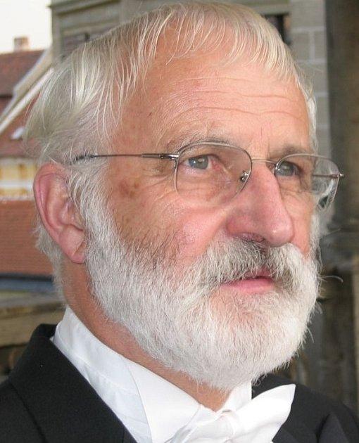 Autor hudby kfilmu Jaroslav Krček.