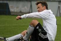 Útočník Svatopluk Vokurka je nejlepším střelcem v historii Bavorovic. Hranici 100 gólů pokořil i při dlouhém hostování v dresu SK Ševětín.