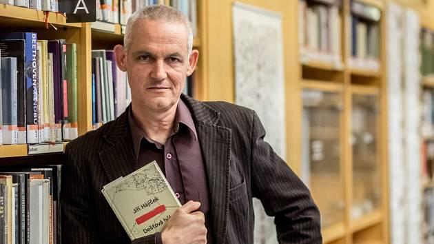 Spisovatel Jiří Hájíček představil v Praze na akci Velký knižní čtvrtek román Dešťová hůl.