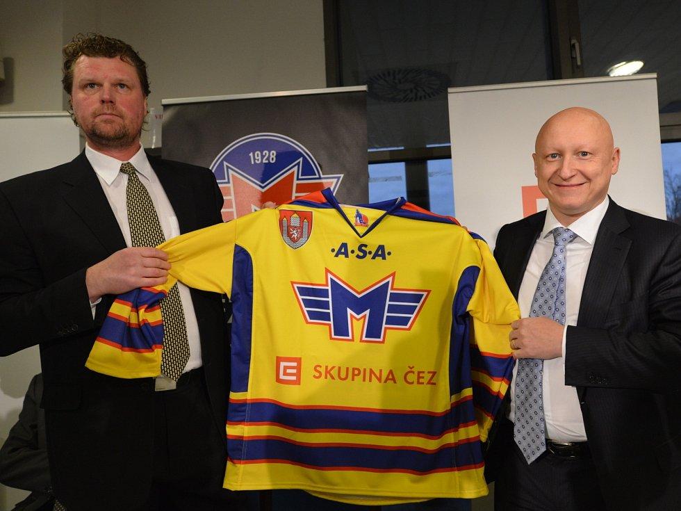 Prezident klubu Roman Turek a generální ředitel skupiny ČEZ Daniel Beneš