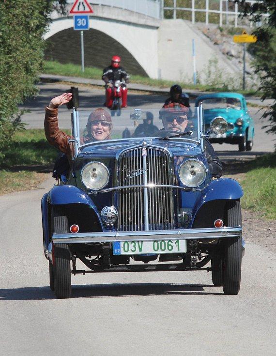 Poslední veteránská vyjížďka z Plavu do Černé.