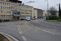 Dopravní značení na Senovážném náměstí.