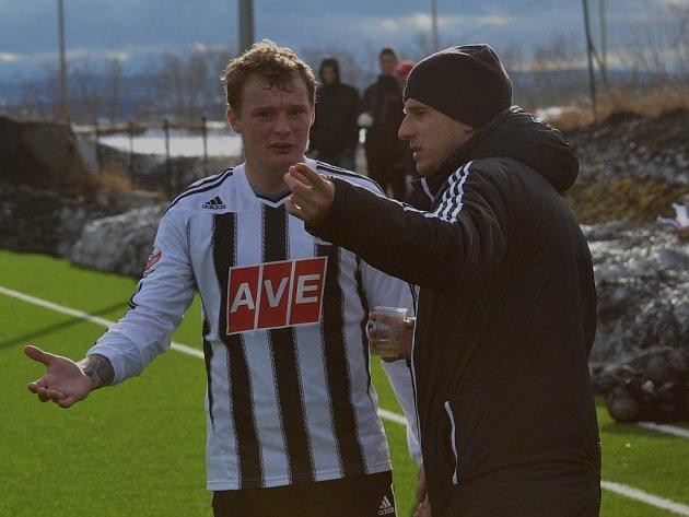 Jakub Řezníček s asistentem trenéra Martinem Vozábalem.