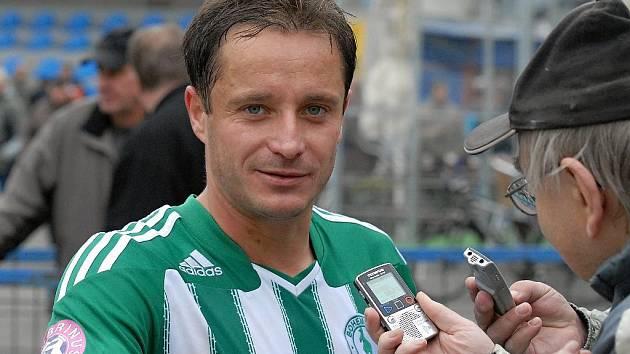Pavel Grznár odpovídá na dotazy Deníku v dresu střížkovských Bohemians, za které v letech 2008 až 2010 odehrál 33 zápasů v nejvyšší soutěži.
