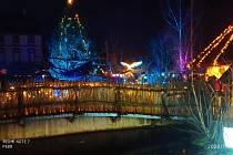 Slavnostní nasvícení Jihočeské zoologické zahrady v Hluboké nad Vltavou můžete obdivovat do 6. ledna.
