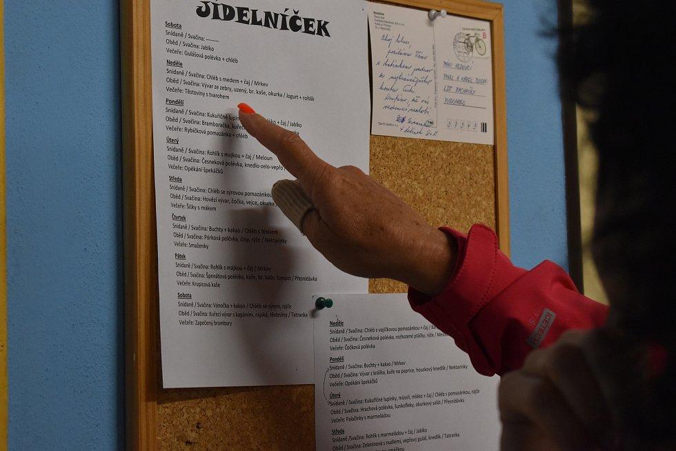 Ve čtvrtek, 16. července, zavítali hygienici na Rachačky na Českobudějovicku, kam přijeli zkontrolovat letní tábor pro děti od šesti do patnácti let pořádá oddíl Cassiopeia.