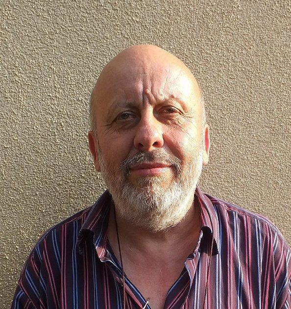 Pavel Šmidrkal, Bechyně, 67let, kurátor výstav a spisovatel