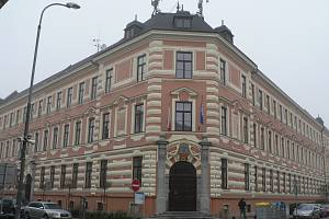 Budova Gymnázia J. V. Jirsíka v Českých Budějovicích.