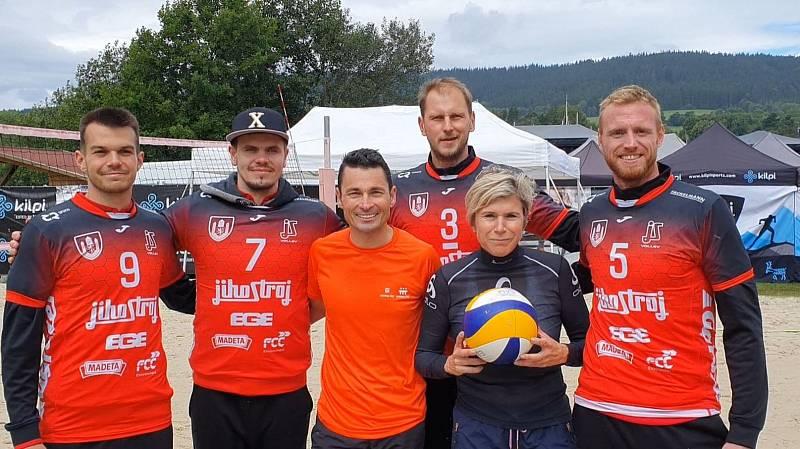 Volejbalisté Jihostroje si zahráli s olympijskou vítězkou  a vítězem paralympiády