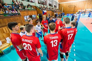 Reprezentanti ČR U20 vezou stříbro z ME volejbalistů z Haagu