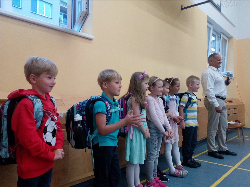 První školní den v ZŠ Borek.