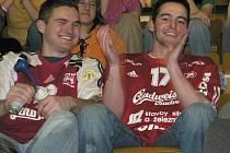 Také na středeční finálové utkání volejablistů z Českých Budějovic proti ostravskému týmu má co nejvíce fanoušků přijít v červeném oblečení.