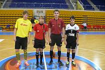 Jihočeši hráli přátelsky se Sinarou, kapitáni před zápasem