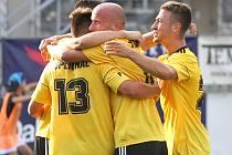 Fotbalisté Dynama vyhráli na Žižkově a po druhém kole vedou II. ligu.