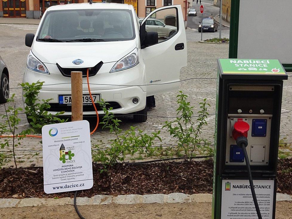 Stále více měst se chce soustředit na podporu elektromobilů. Ilustrační foto
