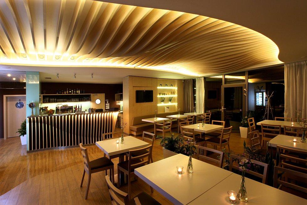 Koncept kavárny Lanna není pro žádné kavárenské povaleče, ale pro lidi s aktivním přístupem k životu.