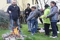 Mezinárodní den Romů oslavilo Salesiánské středisko mládeže a Městská charita v Českých Budějovicích odpolednem plným atrakcí.