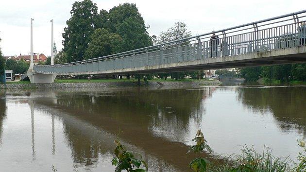Stoupající hladina řek a vytrvalý déšť na jihu Čech 29. 6.