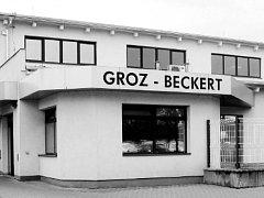 Firma GROZ-BECKERT CZECH sídlí v Českých Budějovicích v ulici U Sirkárny.