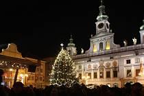 Rozsvícení vánočního stromečku a adventní trhy na českobudějovickém náměstí.