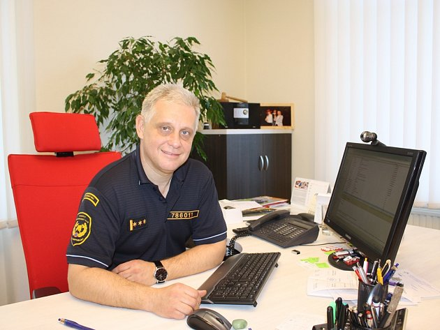 Ředitel krajských hasičů Lubomír Bureš přeje občanům, aby pomoc od požárníků potřebovali co nejméně.