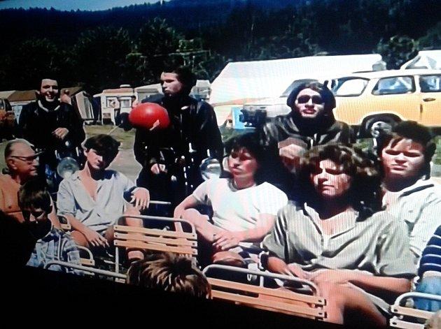 Seriál Jihočeské filmování shání pamětníky letního snímku Poutníci (1988).