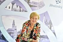 Hejtmanka Jihočeského kraje Ivana Stráská bude v úterý v rámci tradičního setkání, které pořádá Deník, diskutovat s pozvanými hosty ze sféry podnikatelské, politické i společenské.