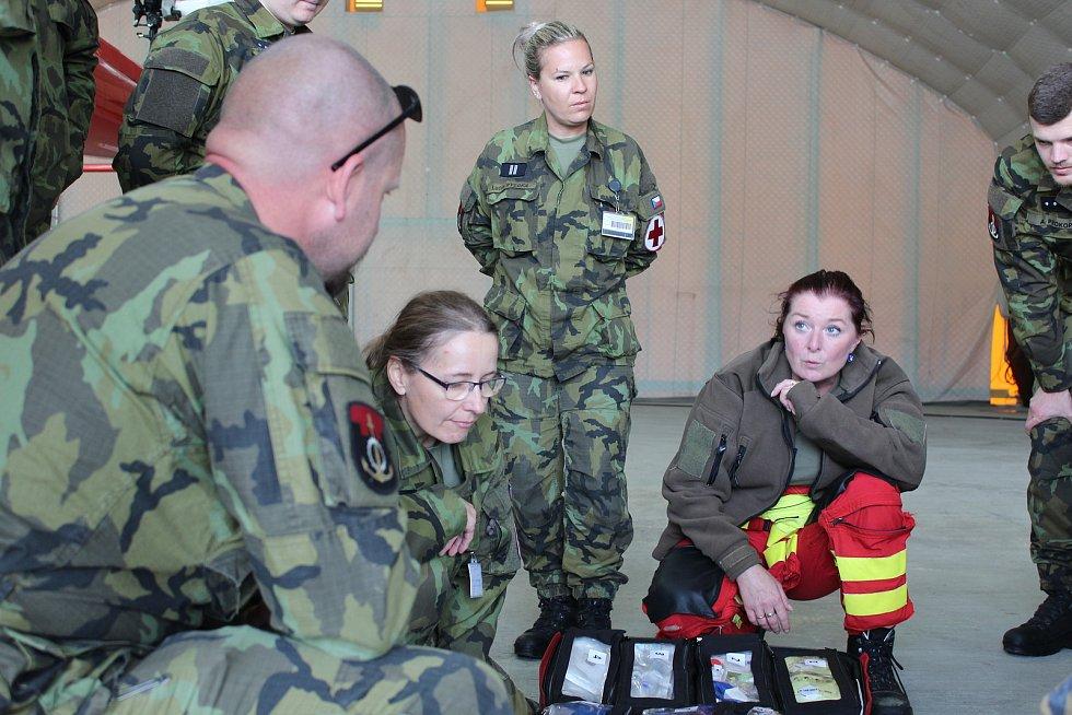 Za čtyři roky svého působení v Bechyni provedla posádka Kryštof 13 přes dva tisíce vzletů a transportovala přes dva tisíce pacientů. Foto: Armáda ČR