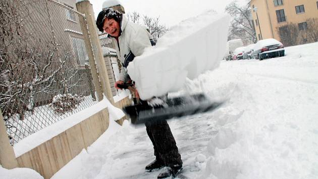 První sníh v Českých Budějovicích v letošním roce.