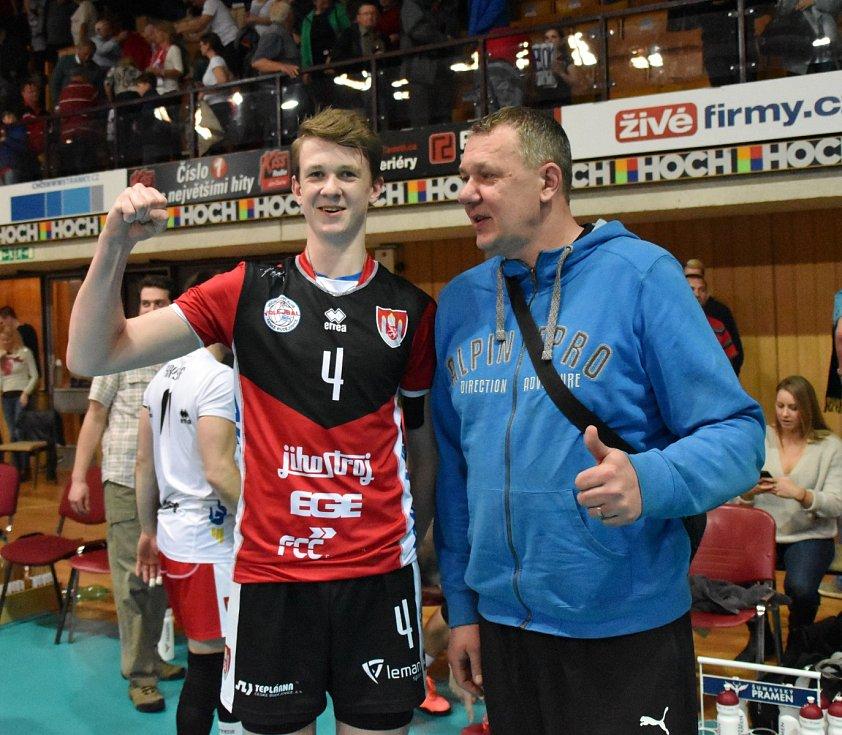 Marek Šotola z Jihostroje se svým otcem Miroslavem