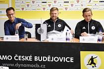 Na úterní tiskovce Dynama informovali novináře generální manažer Martin Vozábal, trenér David Horejš a kapitán týmu Petr Benát.