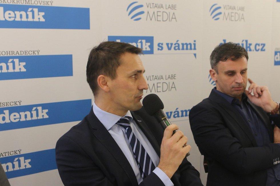 Setkání s hejtmanem Jihočeského kraje. Na snímku zleva ředitel JE Temelín Bohdan Zronek a hejtman kraje Jiří Zimola.
