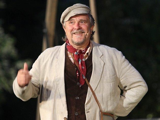 Miloslav Veselý na scéně.