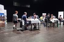 Jan Miesbauer je domácí oporou na Šachovém festivalu