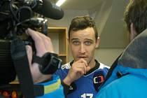 Jiří Kladrubský při zahájení zimní přípravy Dynama odpovídá na dotazy České televize.
