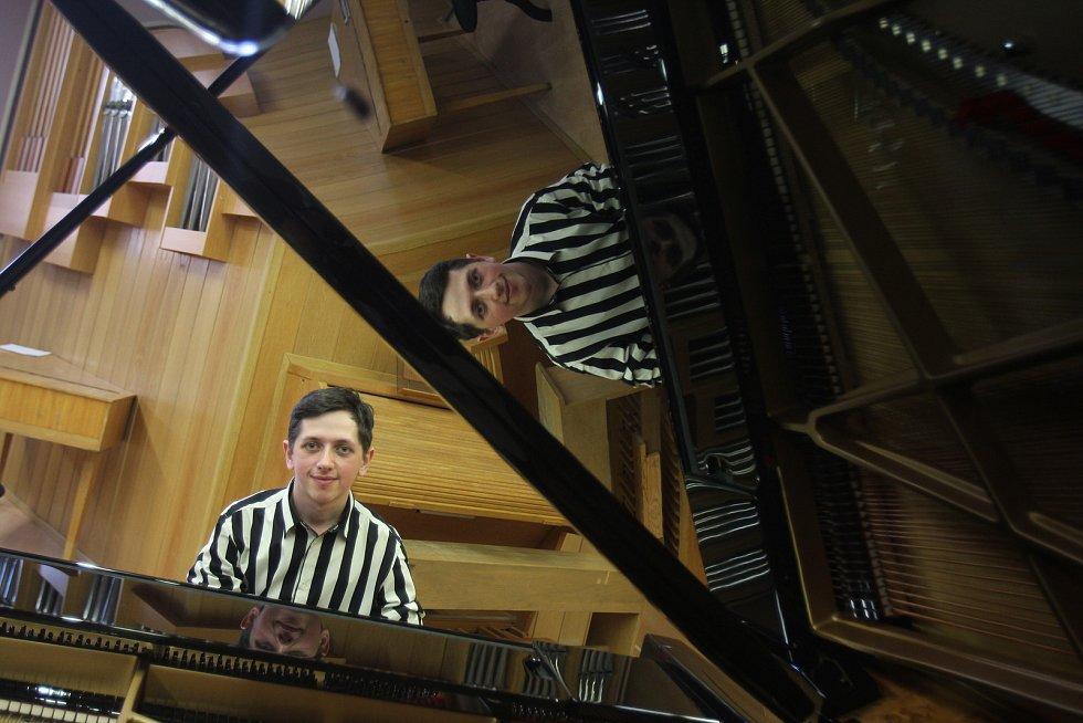 Tomáš Lísal chystá klavírní recitál k poctě Karlu Gottovi.