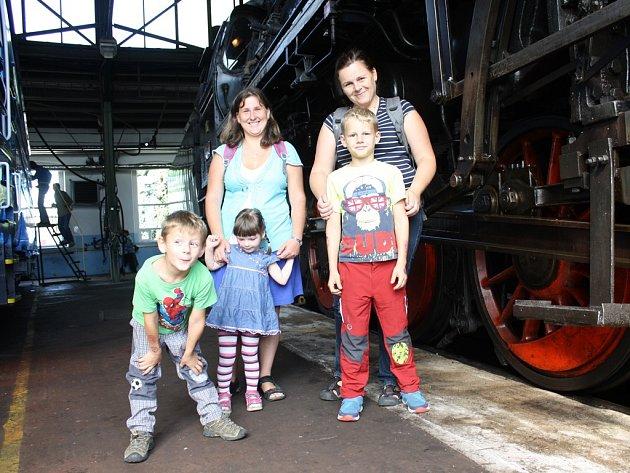 Den otevřených dveří se v sobotu v českobudějovickém lokomotivním depu uskutečnil u příležitosti Dne železnice.