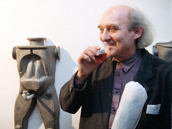 Karel Nepraš, jehož díla patří knejcennějším exponátům vbechyňském muzeu keramiky.