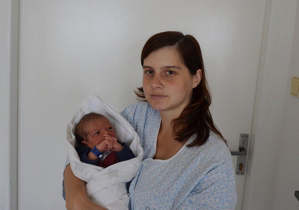 Vojtěch Málek z Milevska. Syn Petry Slabové a Lukáše Málka se narodil 7. 11. 2020 ve 3.57 hodin. Při narození vážil 2950 g a měřil 48 cm. Doma se na brášku těšil Matyáš (2,5).