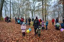 Tradiční akci Uspávání broučků si v neděli užili Vltavotýnští.