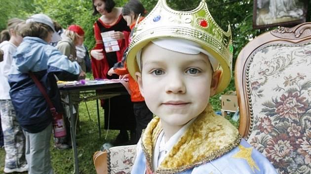 Stovky dětí si v okolí Rudolfova užijí spoustu zábavy. Stejně jako při předchozích ročnících Pohádkového lesa.