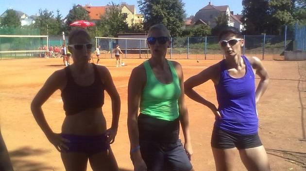 VÍTĚZKY. Hráčky VK ČEZ byly na turnaji mezi ženami nejlepší.