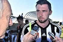 Jiří Kulhánek po zápase Dynama s Amsettenem (2:2) odpovídá na dotazy Deníku jižní Čechy.