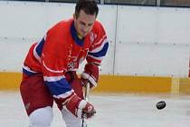 Hokej si s fotbalisty Dynama zahrál i šéf klubu Martin Vozábal. A patřil k nejlepším.