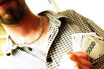 Čtyřiatřicetiletý řidič z Budějovicka se pokusil podplatit policii 10.000 korunami. Hrozí mu šest let vězení.