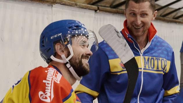 Radost Davida Kuchejdy (vlevo) a trenéra Antonína Stavjani.