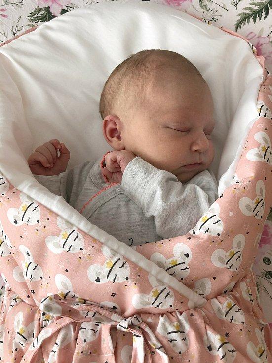 Do Křemže odjela s rodiči Lilianou Frühaufovou a Martinem Matouškem novorozená Adéla Matoušková. Narodila se 3. 4. 2021. Její porodní váha byla 3,77 kg.